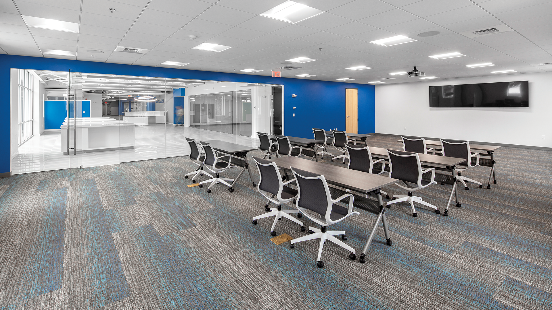 ACR Landing Page AIG Office Image-1
